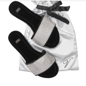 Victoria's Secret Embellished Slides Med
